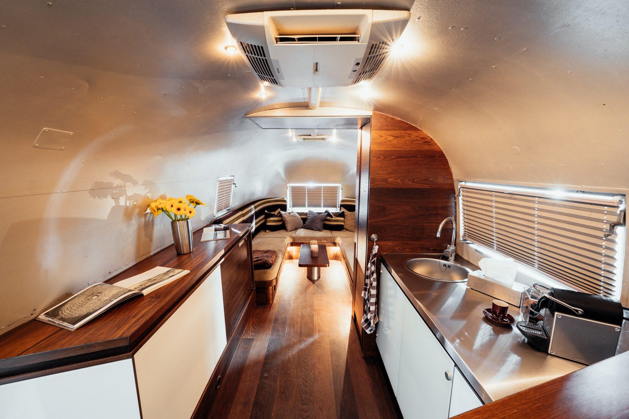 Airstream-I innen Kühe-Silverbase